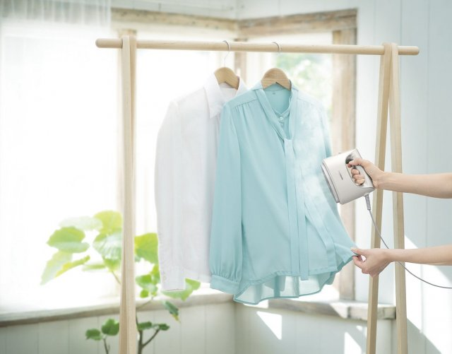 衣類スチーマー 2機種を発売