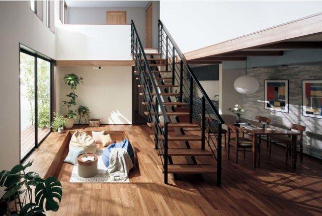天然木の美しさにこだわったシステム階段「マイスターズ・ウッド階段」を受注開始