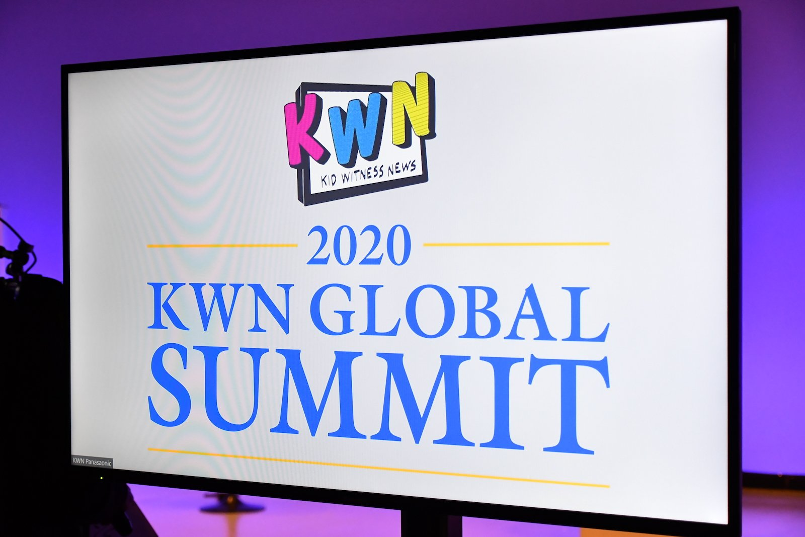 写真:「キッド・ウィットネス・ニュース グローバルサミット2020(KWN GLOBAL SUMMIT 2020)」のロゴ