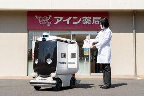小型ロボットがエリア内の店舗から住宅へ商品を届ける配送サービスの実証実験をFujisawaサスティナブル・スマートタウンで実施